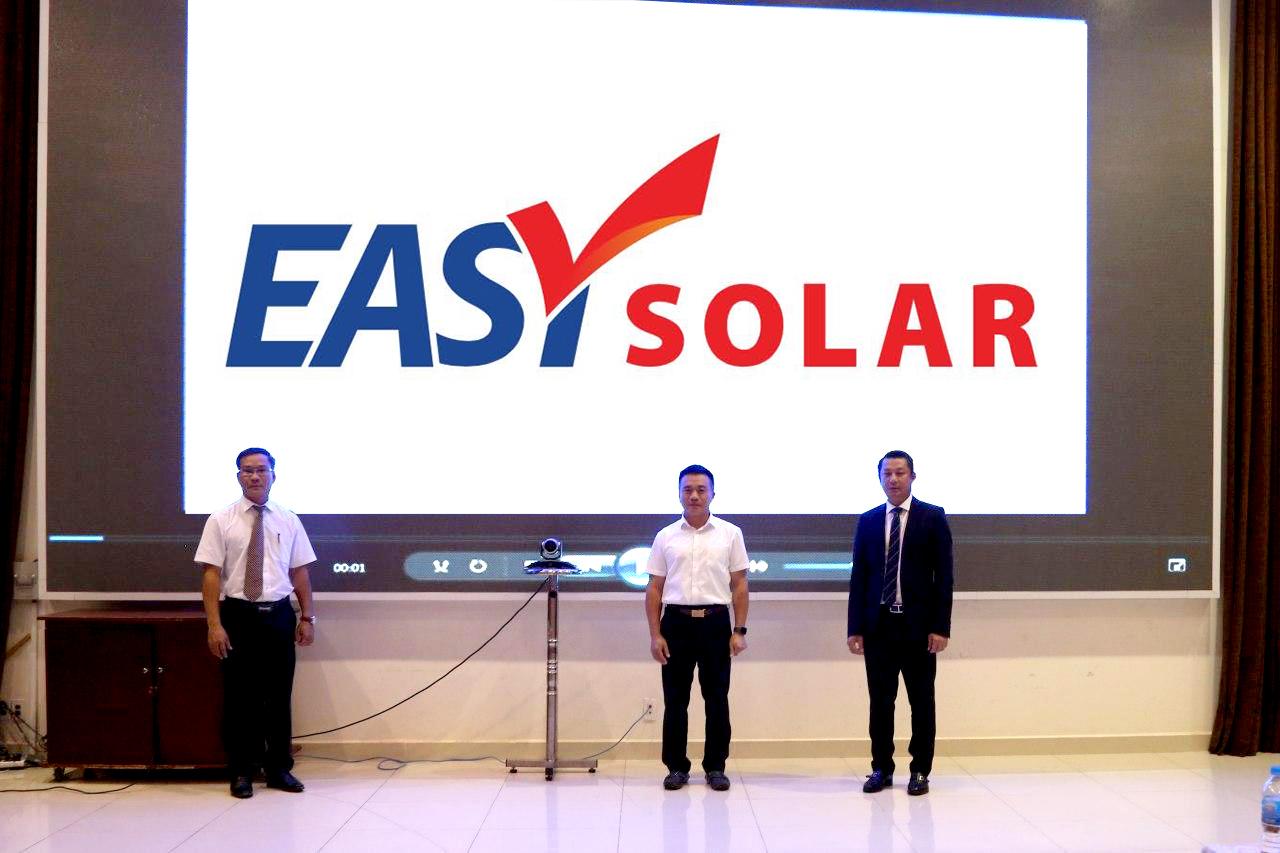 Ra mắt Easy Solar – EVNFinance đặt trọng tâm phát triển năng lượng xanh